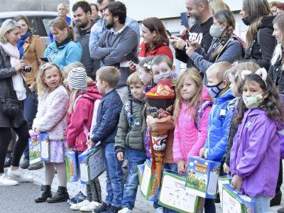 Obrazem: První školní den v ZŠ Lučany