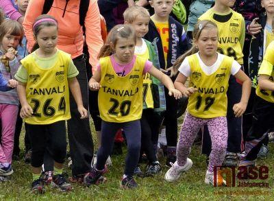 Obrazem: Seriál přespolních běhů pokračoval v Tanvaldě