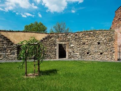 Frýdlantské městské hradby jsou dotekem středověku