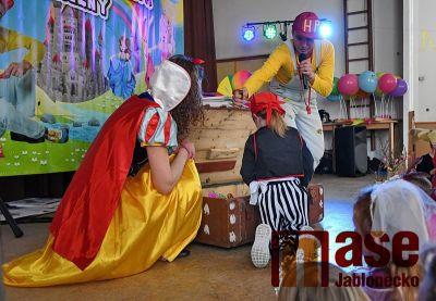 Obrazem: Dětský karneval v Kokoníně
