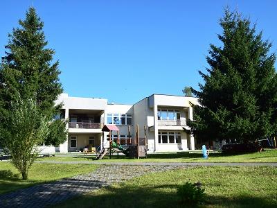 Škola a tři školky jsou v Jablonci otevřené od 8 do 20 hodin