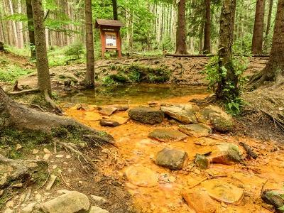 Liberecký kraj představuje méně známá místa: Sirný pramen