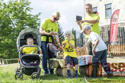 Tanvaldský Špičák zdolaly děti po transplantaci kostní dřeně