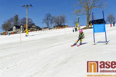Obrazem: Tradiční zakončení sezony ve skiareálu U Čápa