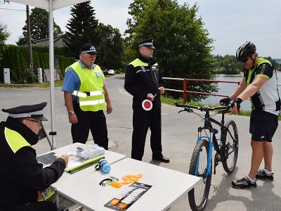 Jablonečtí strážníci kontrolovali kola u přehrady