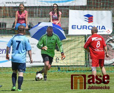 Obrazem: Fotbalový tým Amfora Praha se představil v Zásadě