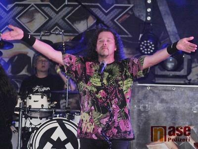 Arakain skvělým vystoupením uzavřel letní koncerty v Rokytnici