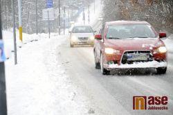 Silnice jsou stále sjízdné se zvýšenou opatrností