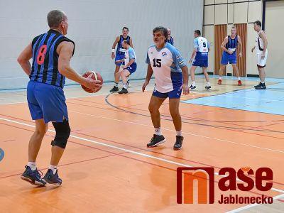 Turnaj basketbalových veteránů vyhráli Jasní favoriti