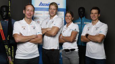 Bauer Ski Team před startem Visma Ski Classics