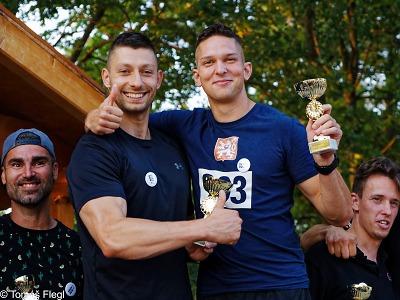 Pátý ročník BeerRun přilákal na originální běh 76 tandemů