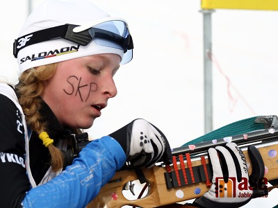 První medaili v nastávající sezoně biatlonu vybojovala Davidová