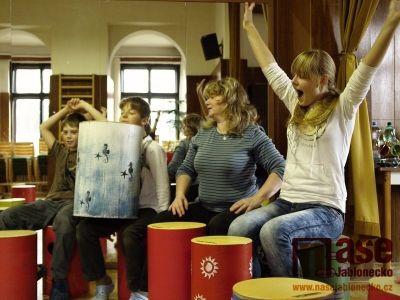 Obrazem: Bubnujeme pro radost aneb Víc než jen buben