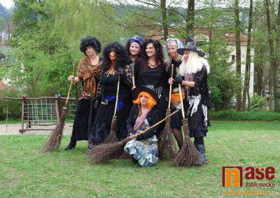 Obrazem: Čarodějnice v mateřské škole Slunečnice