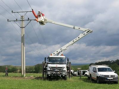Energetici vyhlásili kvůli větru a poruchám kalamitní stav