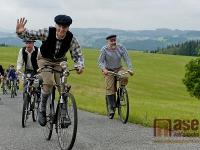 Spanilé jízdy Cyklostezkou Járy Cimrmana aneb Na kole okolo Liptákova