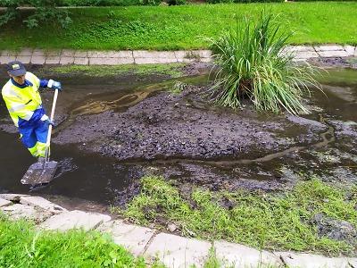 Město vyčistilo rybníčky ve Mšeně