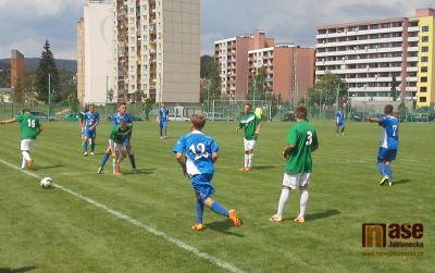 Dorostenci v prvním zápase remizovali s Ostravou