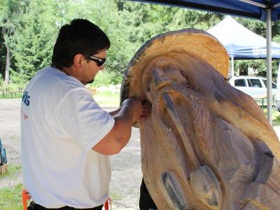 Svatoanenské dřevěné sochy z Harrachova už získaly své majitele