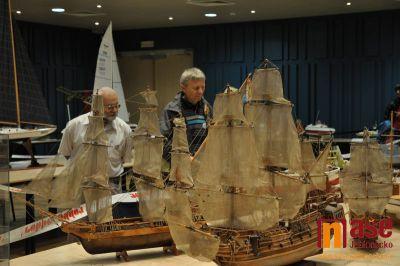 Obrazem: Všemodelářská výstava a Mezinárodní soutěž lodních modelů