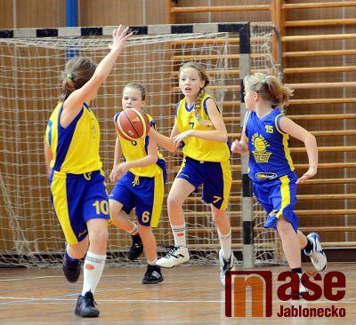 Nejmladší basketbalistky začaly svoji soutěž výhrou