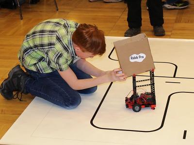 Studenti prokázali technické dovednosti na Festivalu vědy a techniky