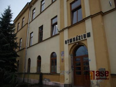 Podaří se zachránit Gymnázium U Balvanu?