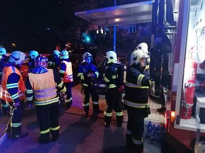 Hasiči evakuovali 35 lidí z domu v Liberci po výbuchu plynu