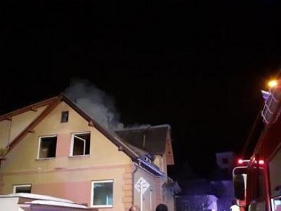Hasiči vyjížděli k požáru rodinného domu v Jablonci