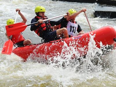 Liberečtí hasiči nejlepší ve čtyřčlenném raftu na divoké vodě