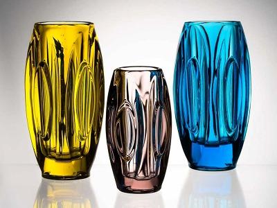 Design i užitek – unikátní výstava lisovaného skla z období socialismu