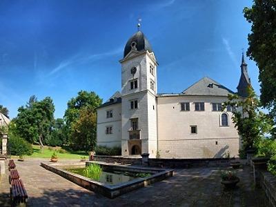Na hradech a zámcích začíná sezona v duchu oslav narození Karla IV.