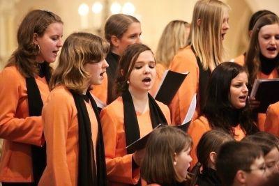 Iuventus, gaude zpívá pro charitu