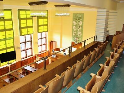 Zastupitelstvo města Jablonec je zrušené, na úřadě bude minimum lidí