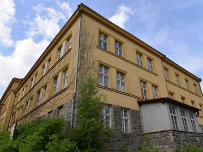 Kraj prodal v prvním pololetí nemovitosti za téměř 34 milionů korun