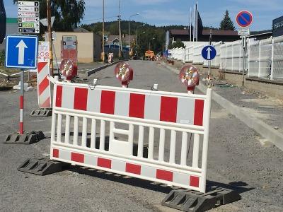 V létě se budou v Jablonci znovu opravovat některé silnice