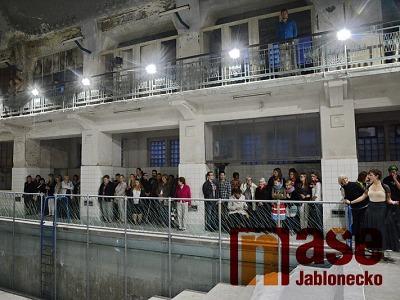 Město Jablonec děkuje mladým umělcům za počiny v lázních