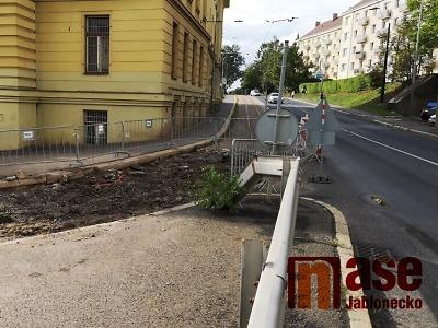 Poštovní ulice v Jablonci dostane prozatímní povrch na zimu