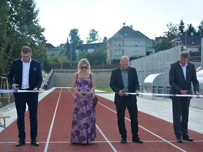 Jablonecká škola v ulici 5. května získala moderní sportoviště