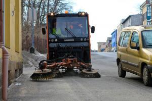 Jarní úklid v Jablonci zdárně pokračuje
