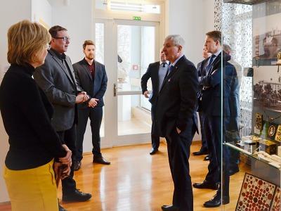 Guvernér ČNB Jiří Rusnok navštívil Jablonec
