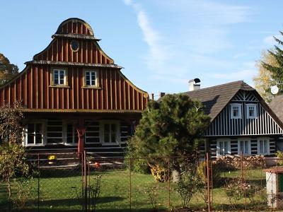 Památková rezervace Karlov představuje vrchol dřevěného urbanismu