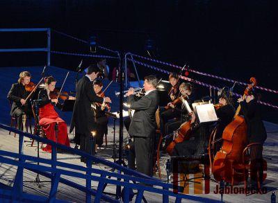 Obrazem: Koncert na mole jablonecké přehrady