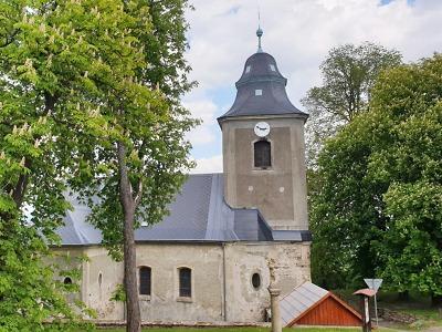 Kraj přispívá na obnovu kostela sv. Josefa v Krásné na Jablonecku
