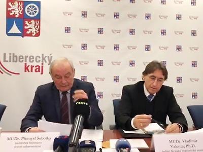 Kvůli výskytu koronaviru zaujímá mimořádná opatření i Liberecký kraj
