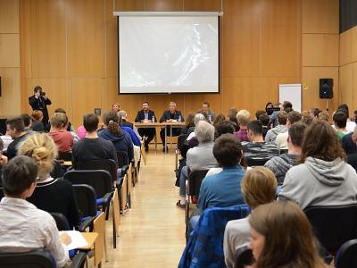Prohlášení ke zrušení besedy Petra Hampla v krajské vědecké knihovně