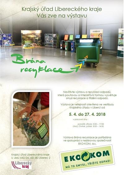 Putovní výstava Brána recyklace míří na krajský úřad