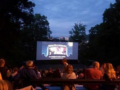 Na otevření Letního kina v Jablonci dorazilo téměř tisíc návštěvníků