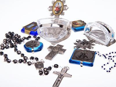 Moderní rodinná firma LUCID nabízí šperky i praktické předměty