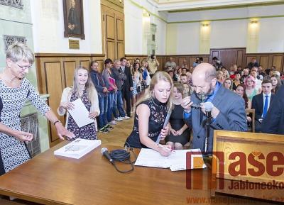 Jak dopadly maturitní zkoušky v jarním období v Libereckém kraji